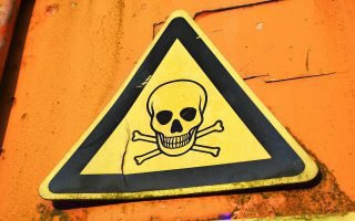 Как правильно перевозить опасные грузы на автомобильном транспорте